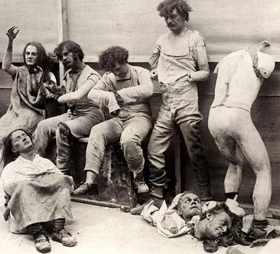 35-Melted-and-damaged-mannequins-after-a-fire-at-Madam-Tussauds-Wax-Museum-in-London-1930.jpg
