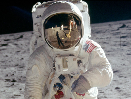 moon landing conspiracy theory reflections no camera