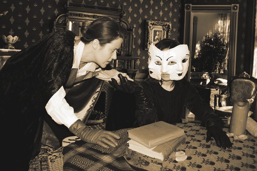 Emily Dickinson: Paranormal Investigator Emily