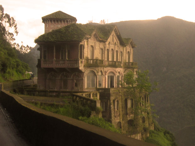 Haunted Hotels hotel del salto