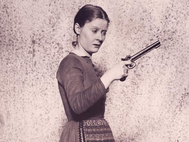 Peg Entwistle gun
