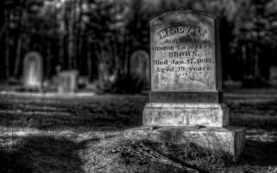 New England Vampire Terror – Fear, Disease, Death and Poor Mercy Brown Supernatural scapegoats 200 years after Salem Witch Trials