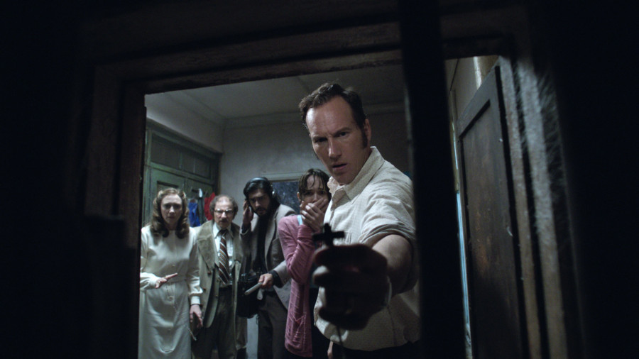 The Conjuring 2 Patrick cross