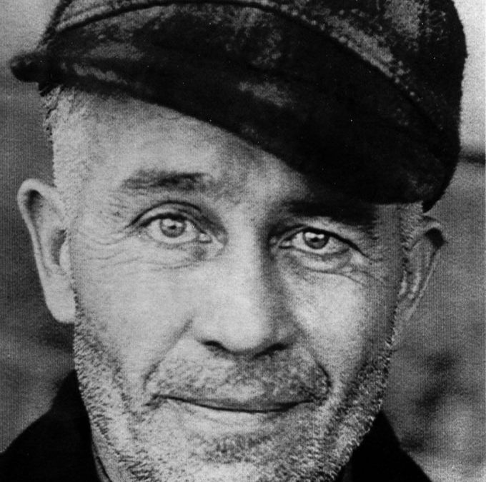 Ed Gein – One of the Oddest, Most Notorious Killers in American History Is he also the most misunderstood?