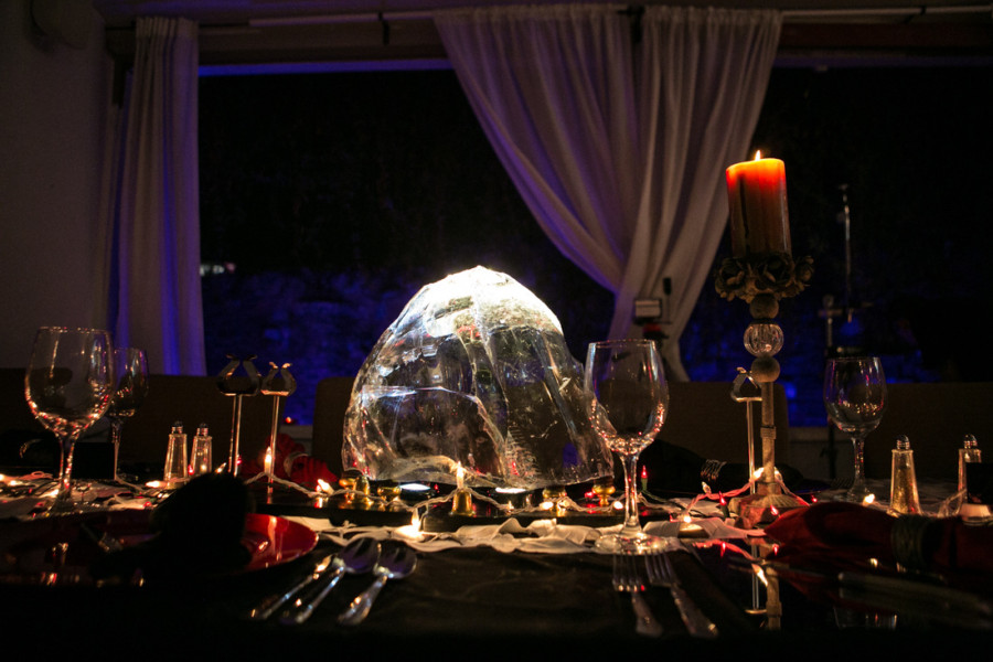 Dinner With a Ghost Crystal Centerpiece