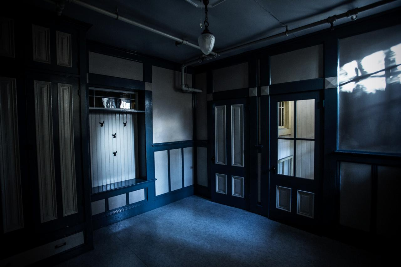 "The Winchester ""seance room"" (photo credit: The Travel Channel/Ghost Adventures)"