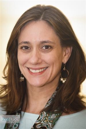 Dr Garrett Marie Deckel expert dissociative identity disorder