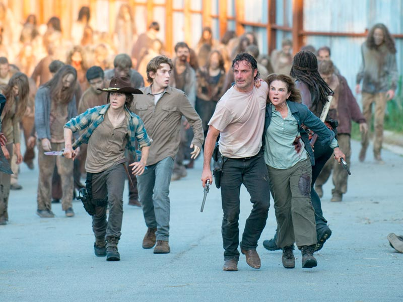 "THE WALKING DEAD Redefines ""One of Us"" Are Rick and company finally Alexandrians?"