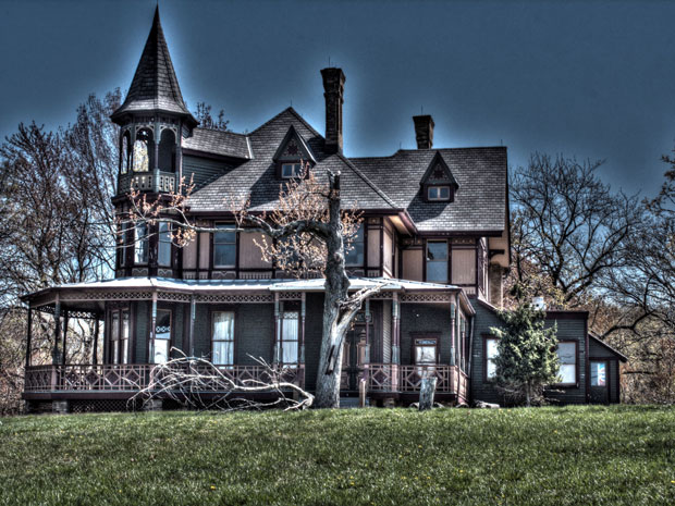 Bloody History of Staten Island's Haunted Kreischer Mansion Suicide, murder, ornate decor