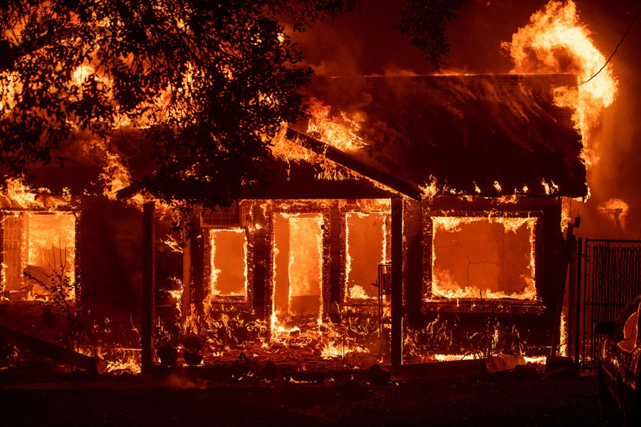 As Wildfires Rage Near Her California Home, Dr. Clarissa Cole Analyzes Arson on After Hours AM/The Criminal Code Why do firebugs do what they do? What are some of the most heinous cases?